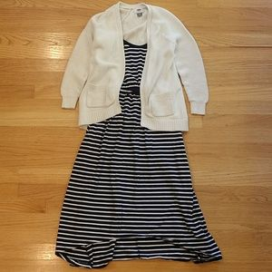 GAP Maxi & Old Navy Cardigan Outfit